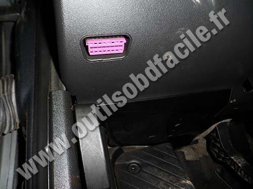 Audi truck q7 2007 aux input