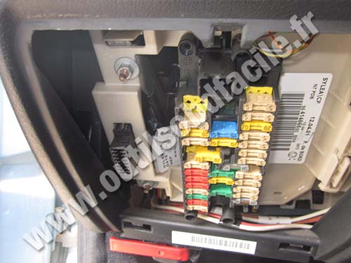 Smart car fuse box location free engine image for