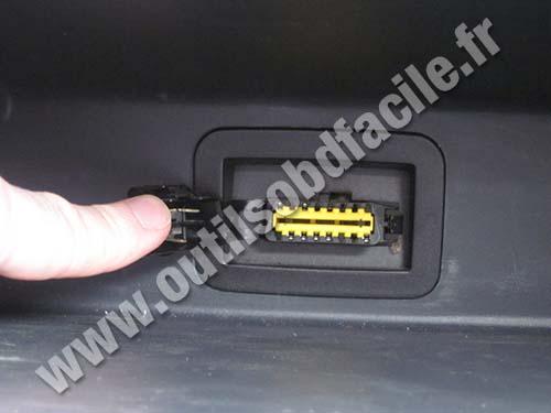 Prise Obd2 Dans Les Dacia Logan 2004 2012 Outils Obd