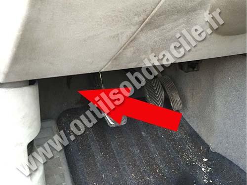Prise Obd2 Dans Les Dodge Caliber 2006 2012 Outils