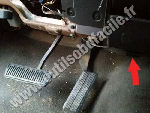 Prise Obd2 Dans Les Dodge Ram 1500 1993 2001 Outils