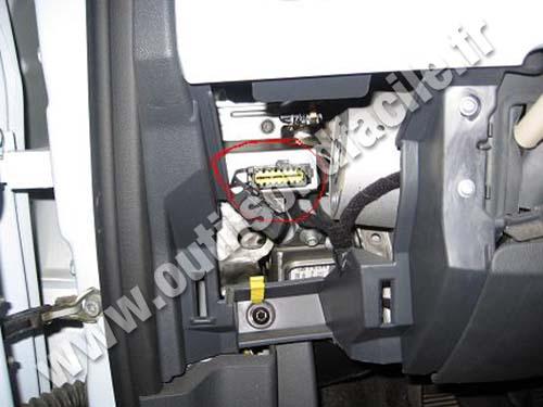 Prise Obd2 Dans Les Fiat 500 2007 Outils Obd Facile