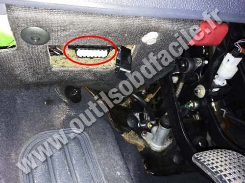 Fiat Bravo Prise Obd on Alfa Romeo Spider 124