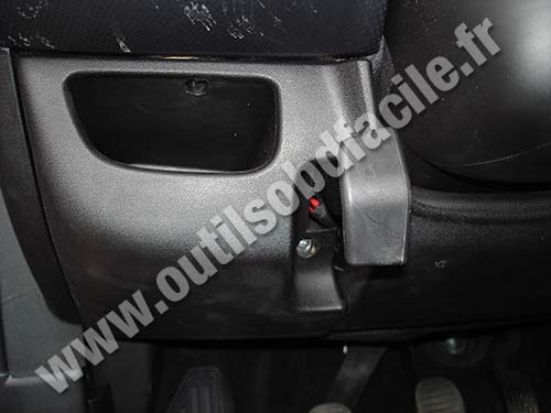 boite fusible fiat bravo 2 fiat punto fuse box location dodge journey fuse box location 2009 Dodge Journey Fuse Box Location at aneh.co