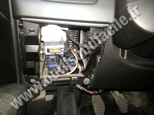 Prise OBD2 dans les Fiat Grande Punto (2005-2012) - Outils ...