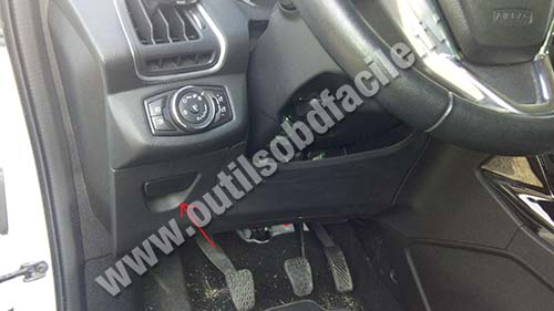Ford B-Max vide poche conducteur
