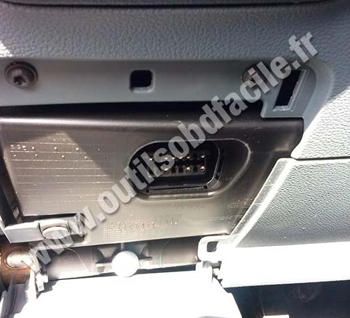 Dodge Ram 1500  puter Location as well 2005 Ford F 150 Paint Colors further Dodge 2500 Sprinter Fuse Box Location besides Dodge Caravan Cabin Filter Location likewise 2003 Chevy Blazer Purge Valve Location. on 2012 dodge ram 1500 wiring diagram