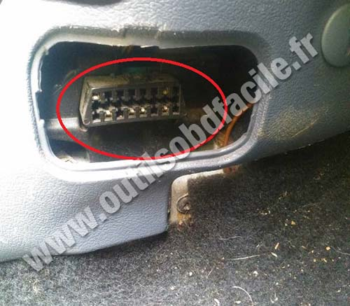 Ford Courier prise diagnostique OBD
