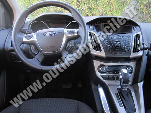 prise obd2 dans les ford focus 2012 outils obd facile. Black Bedroom Furniture Sets. Home Design Ideas