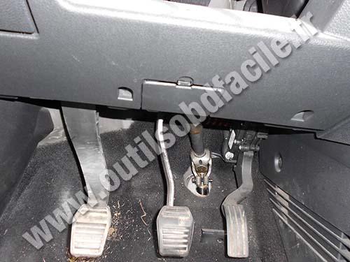 Prise Obd2 Dans Les Ford Fusion 2002 2005 Outils Obd