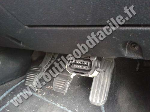 Ford Mondeo 2 prise de diagnostique OBD2