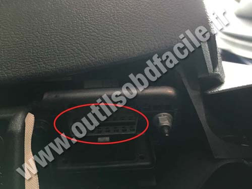 Ford Mondeo 4 RHD Connecteur OBD 2
