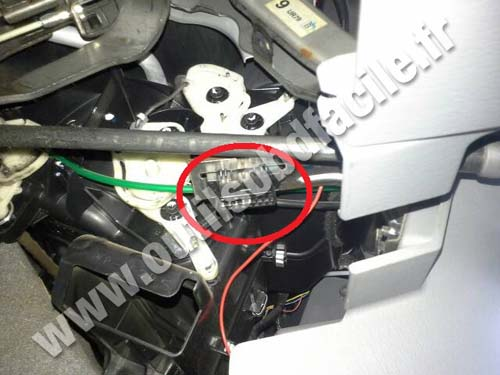 Dlc Connector besides Original also Dlc furthermore Bd B F C C B D E A as well Ford Ranger Prise Obd. on 2004 ford explorer obd ii connector location