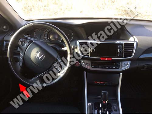Prise OBD2 dans les Honda Accord (2008 - ) - Outils OBD Facile