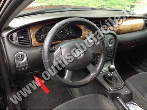 Prise Obd2 Dans Les Jaguar X Type 2001 2009 Outils