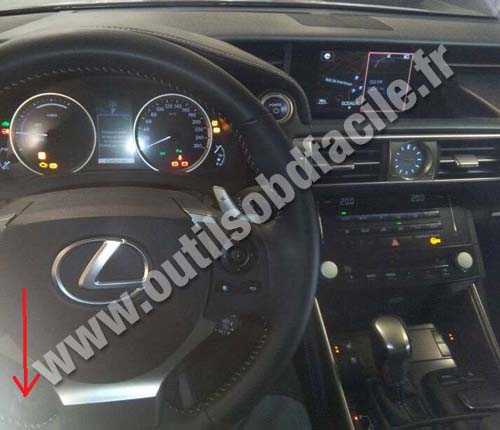 Lexus IS tableau de bord