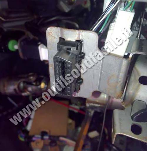 Prise Obd2 Dans Les Mazda Rx 8 2003 2012 Outils Obd Facile