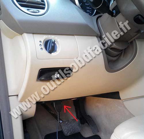Prise Obd2 Dans Les Mercedes M Class Ml W164 2005