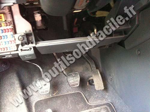 citroen c3 petrol diesel service and repair manual 2002 2009 haynes service and repair manuals by john s mead 2012 01 13