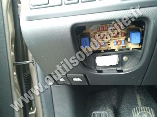Prise OBD2 dans les Nissan Note (2005 -2012) - Outils OBD ...