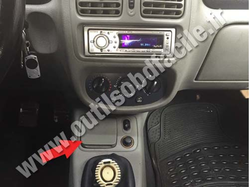 Nissan Platina - Console centrale