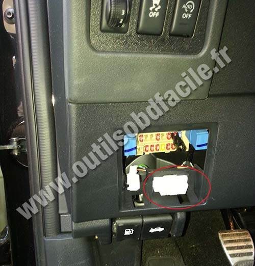 diagnostic port location nissan maxima get free image about wiring diagram. Black Bedroom Furniture Sets. Home Design Ideas