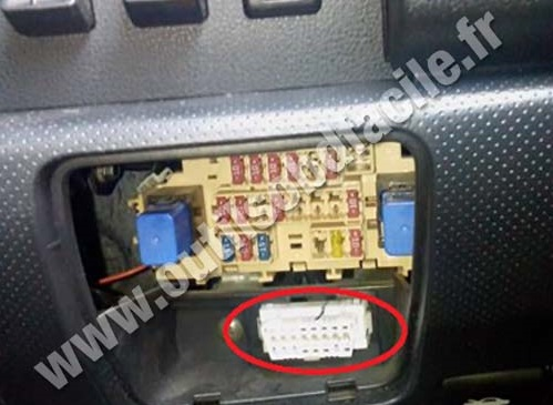 3b69v Bought Performance Chip 05 Altima Need Attach further 2006 Suzuki Grand Vitara Fuse Box Diagram in addition Nissan Pathfinder Ecu Wiring further 97 Maxima Fuse Box Diagram together with Nissan Almera 2 2 2003 Specs And Images. on 2007 nissan sentra fuse box diagram