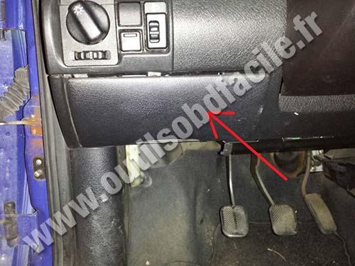 Prise Obd2 Dans Les Opel Corsa B 1993 2000 Outils