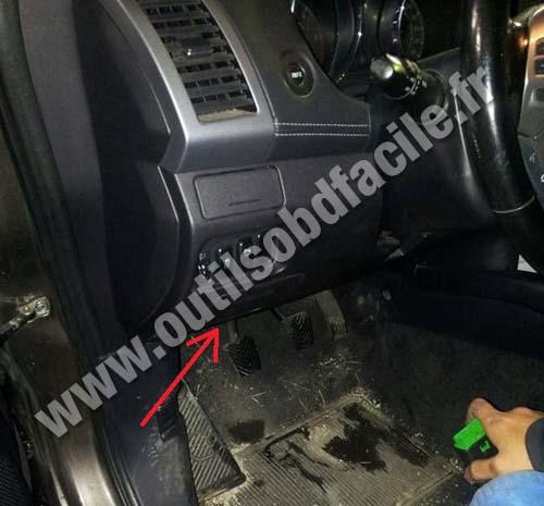 Prise Obd2 Dans Les Peugeot 4007 2007 2012 Outils