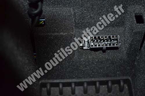 prise obd2 dans les peugeot 607 2000 2010 outils obd facile. Black Bedroom Furniture Sets. Home Design Ideas