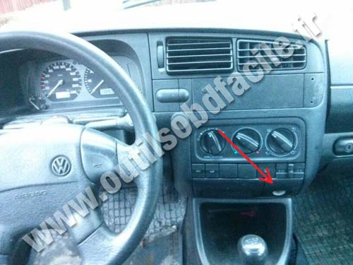 prise obd2 dans les volkswagen golf iii 1991 1997 outils obd facile. Black Bedroom Furniture Sets. Home Design Ideas