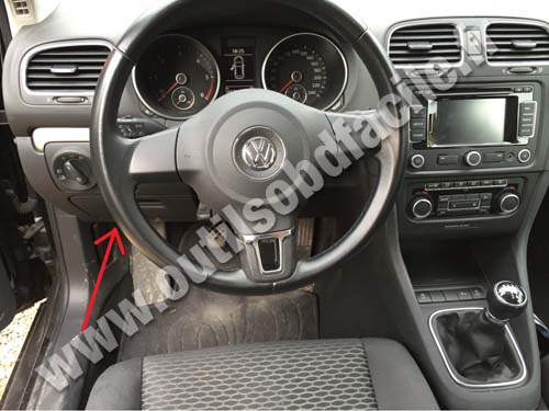 prise obd2 dans les volkswagen golf vi 2008 2012 outils obd facile. Black Bedroom Furniture Sets. Home Design Ideas