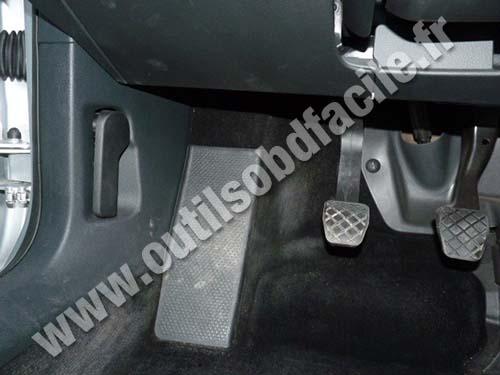 prise obd2 dans les volkswagen passat b6  2005